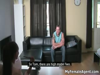 Guy gets horny talking at the office part1