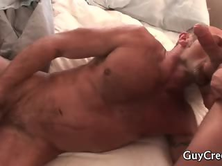 Dude wakes his lover for morning sex part2