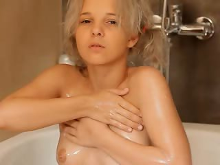 Shaving of sweet 18yo blonde pussy