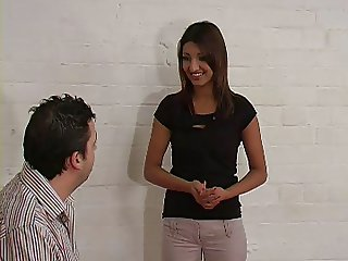 UK Desi likes getting spanked