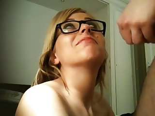 She is not amused about his cumshot