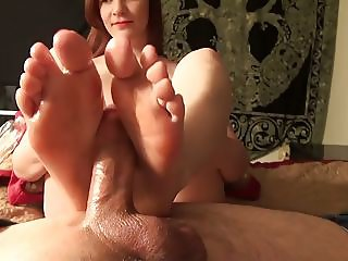 Between Her Toes Footjob
