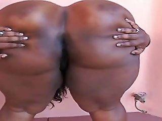 Hot Black Girl Showing Off Her Nice Ass, Asshole and Pussy