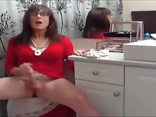 Crossdresser Solo in red Dress