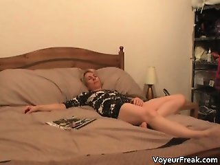 Sexy blonde MILF masturbates for the cam part5