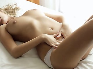 sexy solo brunette stripping pussy