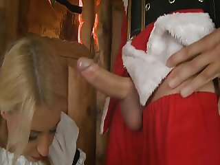Nikky Thorne does Santa Claus