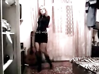 Amateur striptease dance Russian girls