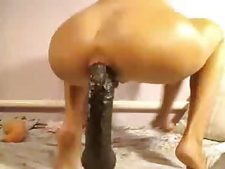 Huge Dildo in Ass