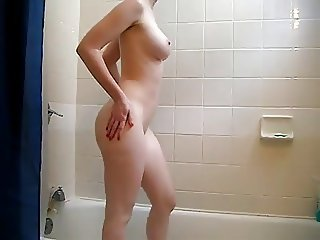 Amazing Body In The Shower