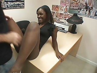 Ebony chick keeps squirting over and over