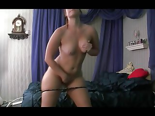 Hot Sexy Girl Shaking Her Ass AL84