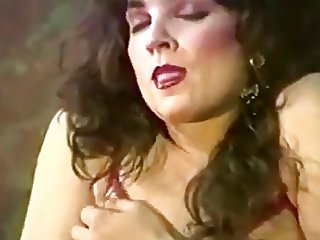 Retro Shemale Beauty Showing Off