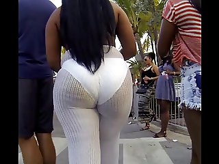 Epic Candid Booty Babes Part 2