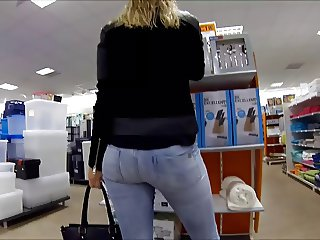 Sexy ass in jeans very good