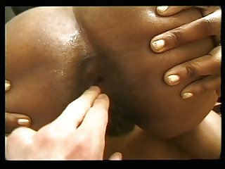 FAT ASS BLACK FRENCH MILF SODOMIZED BY WHITE DICK