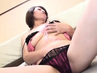 Raw masturbation for hot mature