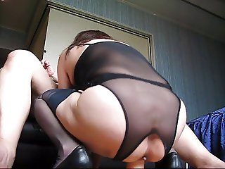 Amateur 51 years old Married Woman love stocking & mouthjob