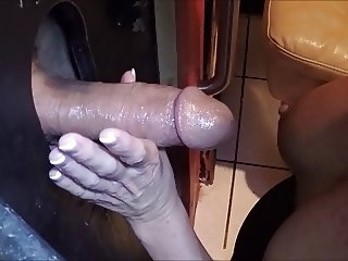 Gloryhole action with wifey