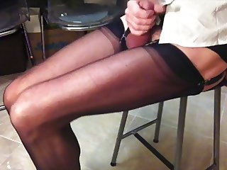 Leggy crossdresser in nylon stockings