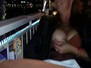 flashing in resturant