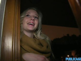 PublicAgent Young blonde come looking for sex
