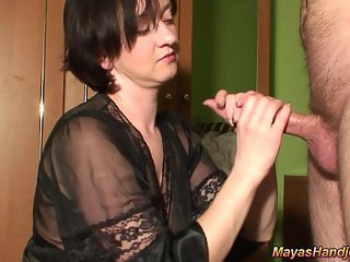 4 cumshots in a row on Maya