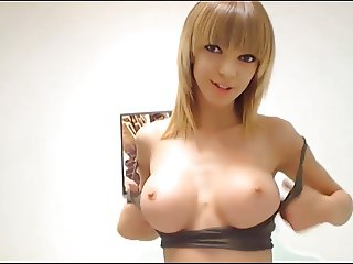 Stunning Amateur Blonde Cam Finger