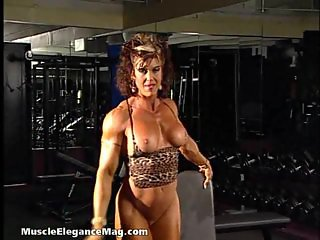 Carla Haug 04 - Female Bodybuilder