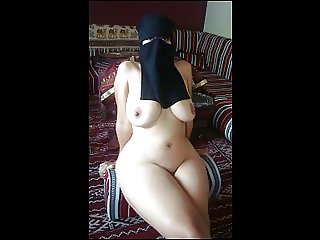 Arab Sluts Slideshow