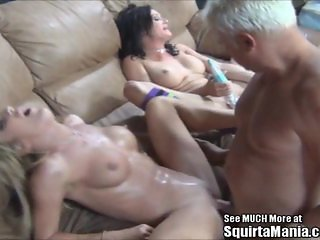 Amy Brooke and Tory Lane Pussy SQUIRT!