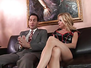 Blonde MILF wants cream pie finish in leather sofa sex