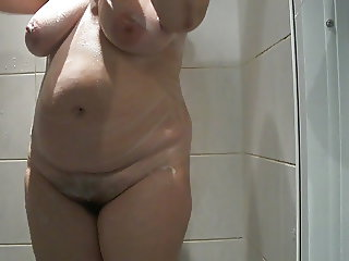 Wife nude in shower 2 HD