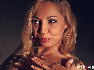 Lady Boss MILF Squirts