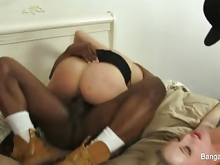 Hot interracial foursome ends with cumswapping