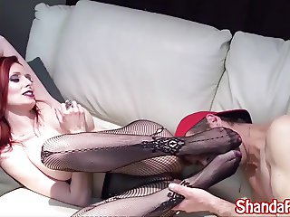 Shanda Fay Shows Off Feet To Get Cum on Them!