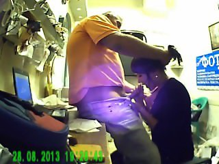 REAL Hidden Spy cam Blowjob in the office