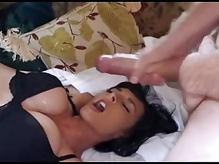 Milf in her bra gets a facial