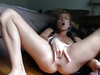 Squirting Blonde Webcam