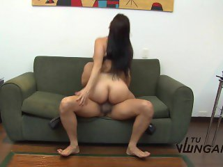 TuVenganza - Isabella Hot shows BF what hardcore sex means (Colombian)