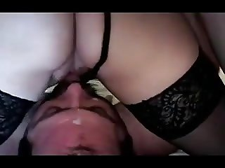 cuckold-waits-under