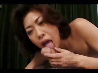 Japanese mother - not son (Uncensored)