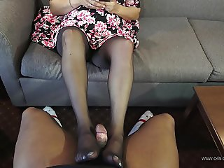 Brechelle Sweatt First Pantyhose Footjob
