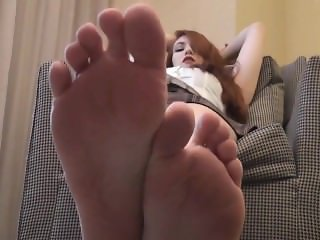 Sexy Redhead Wants You to Smell and Worship Her Feet