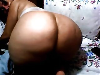 Thick Mature Shakes Ass and Plays with Pussy