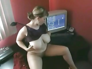 Horny Fat Chubby masturbating her wet hairy pussy