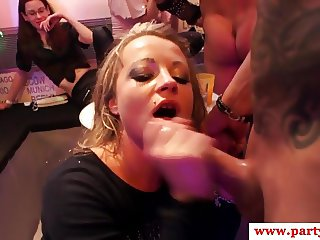 Real party amateurs sucking off strippers