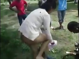 Guy Gets Caught Fucking In A Park