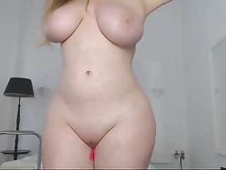 sexy cuvy woman