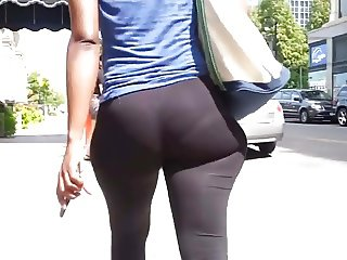 Ebony wide hips jiggly spandex ass (mod)